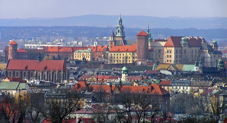 Kraków_-_Wawel_from_Kopiec_Krakusa